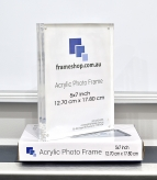 Crystal clear acrylic picture frame  5x7 inch  Stand both portrait and landscape